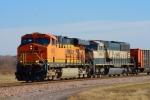 BNSF 5902 west