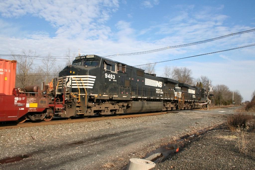 Trailing Engine on 24V