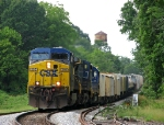 CSX 395 leads a manifest north