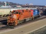 EJE 670 & GTW 4905 Work the CN Yard