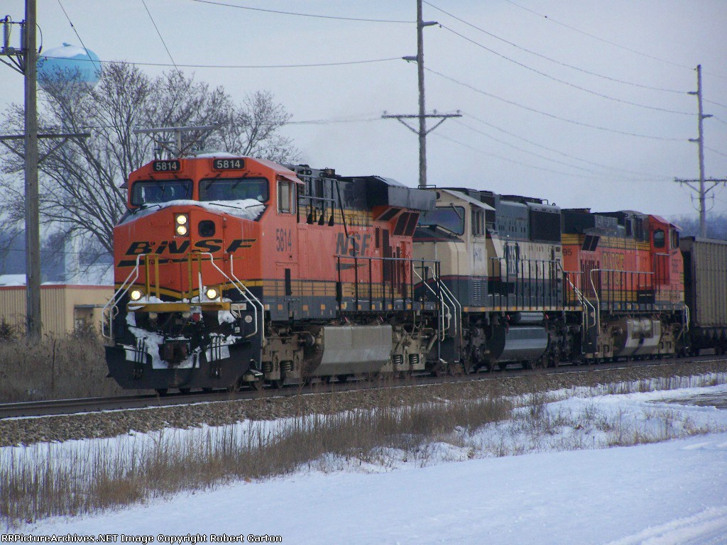 Three Common BNSF Coal Train Locomotive Models Lead Empties from the IEI Barge Terminal