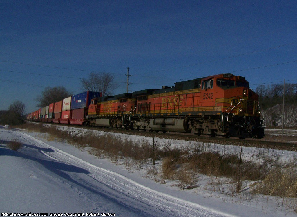Container Train Heads Toward Chicago