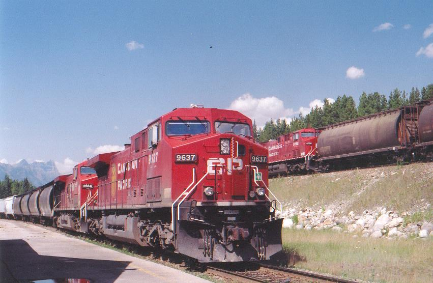 CP 9637 Hauling Grain