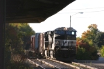 30T pulls east with their train