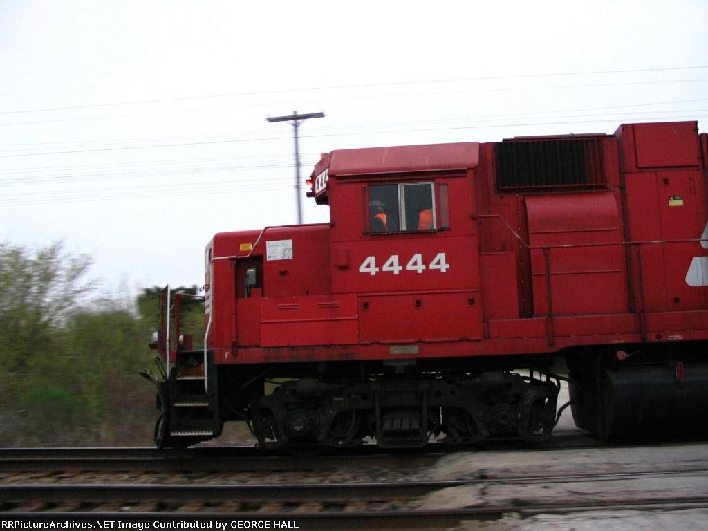 SOO 4444