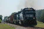 HLCX 8159 leads CSX-F768