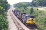 Eastbound intermodal eases through curve