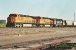 Westbound grain train accelerates out of Northtown Yard