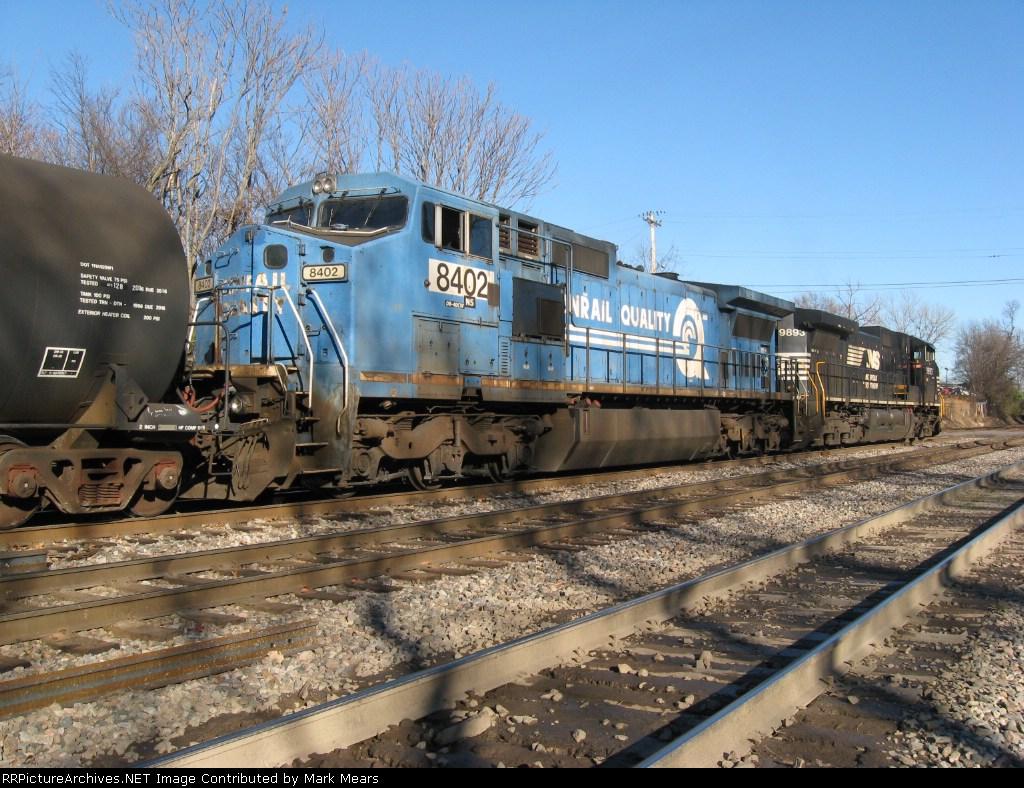 NS 8402