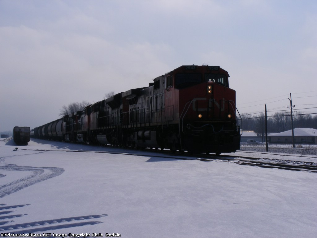 CN 2543