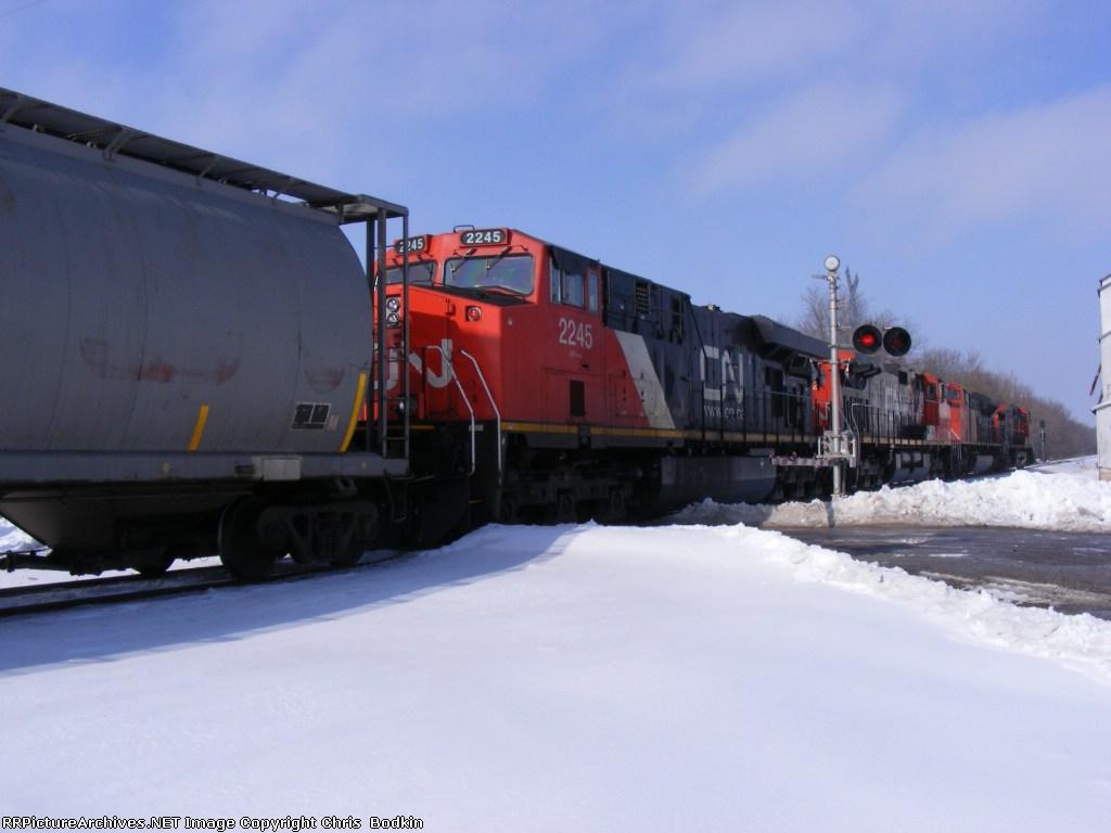 CN 2245