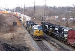 CSX Q190 Meets NS H83 at CP King