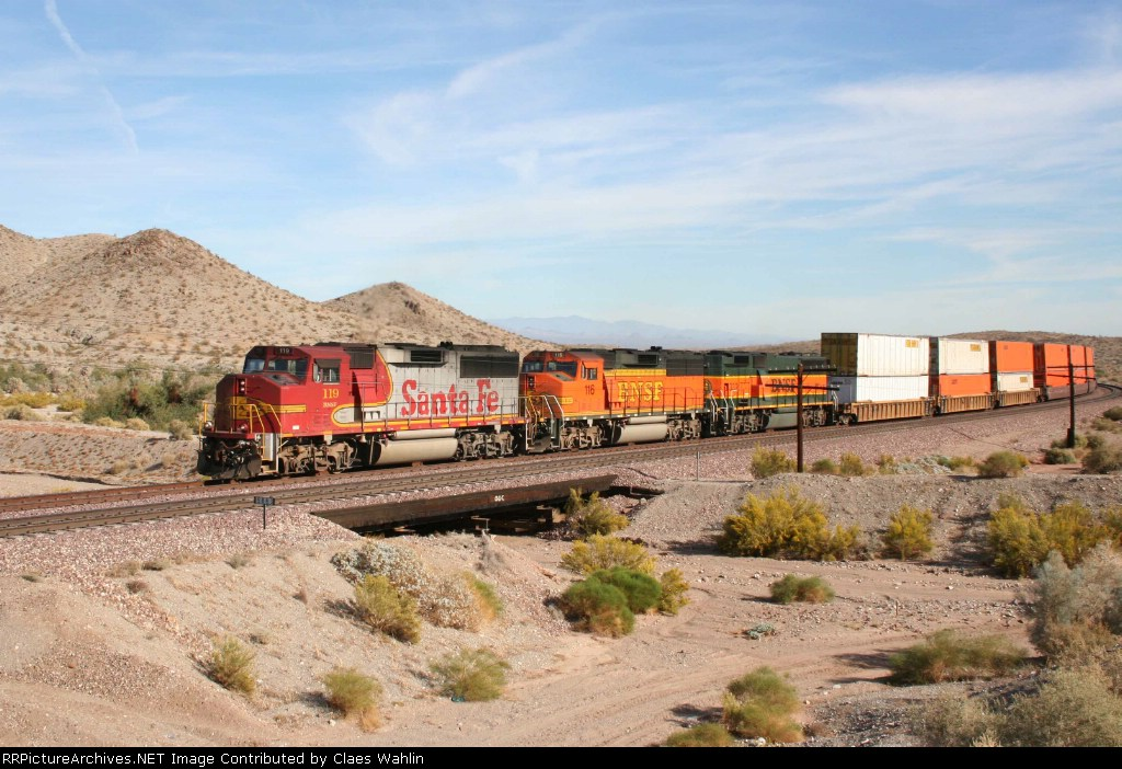 BNSF 119, 116 and 332 westbound
