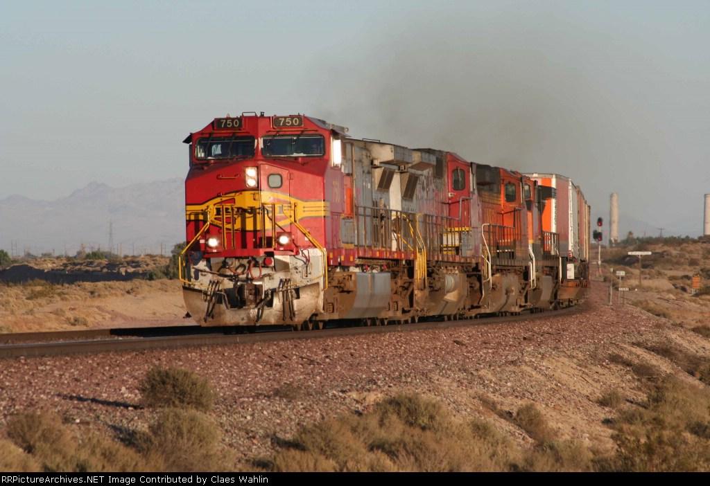 BNSF 750