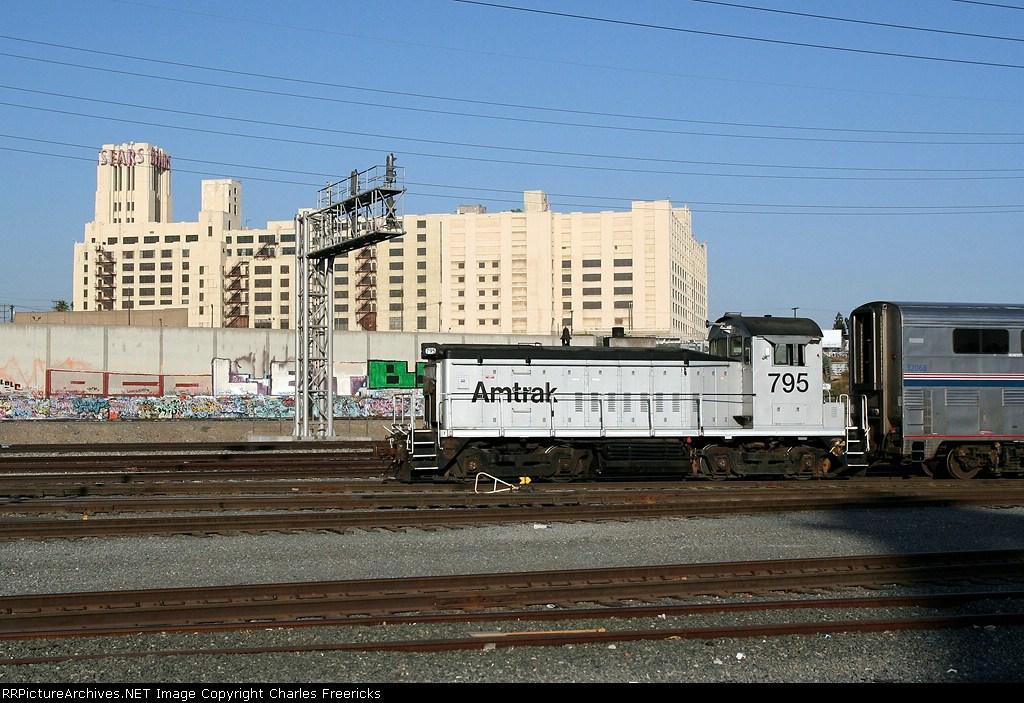 Amtrak YL250-23