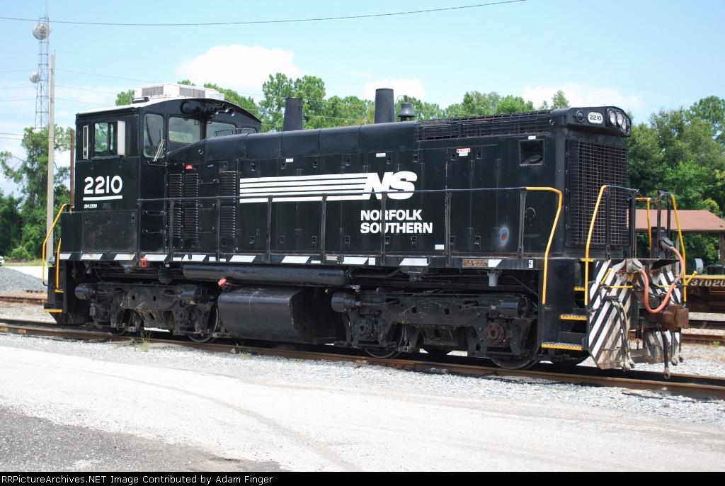 NS 2210