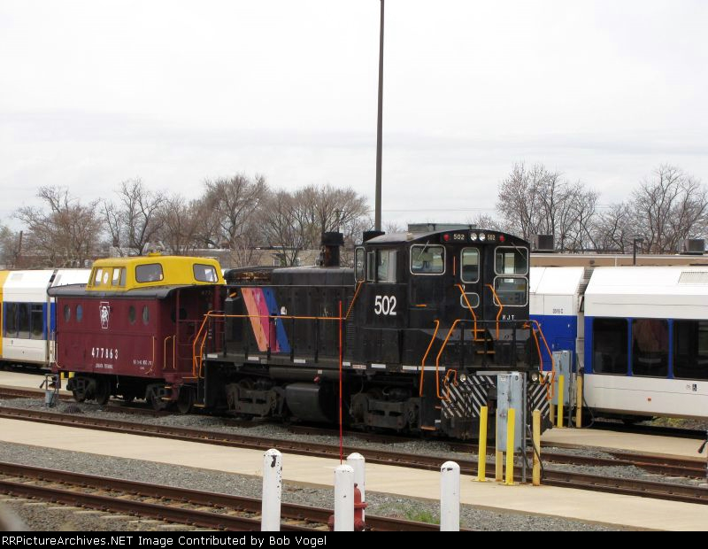 NJT 502 and PRR 477863