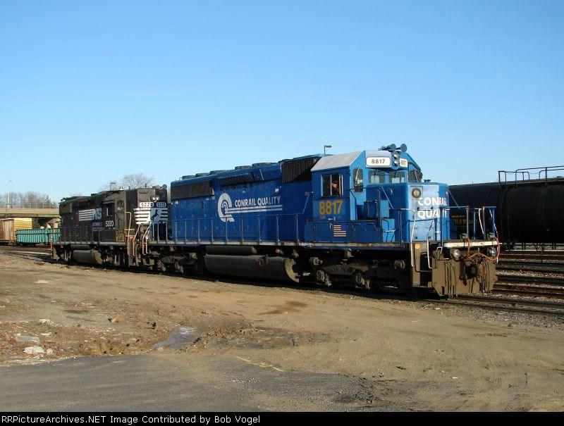 CSX 8817 and NS 5220