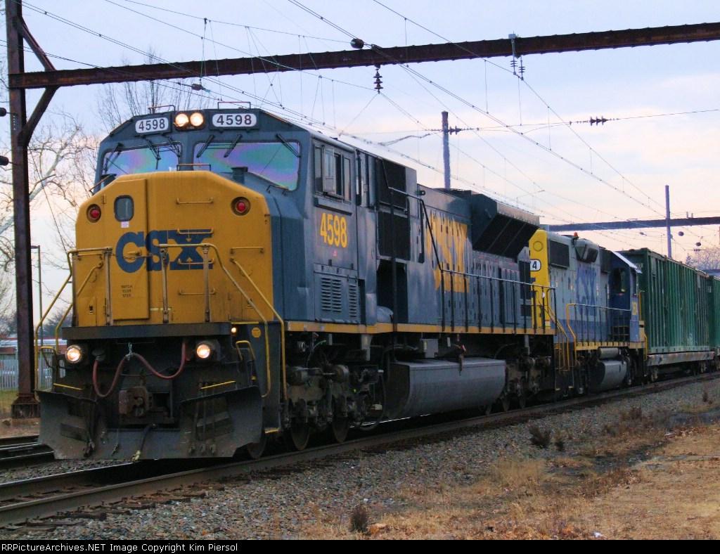 CSX 4598 Q706