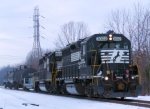 NS 3002 on CSX Trenton Line C761