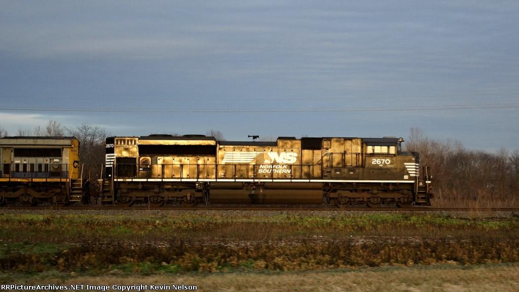 NS 2670 SD70M-2