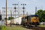 CSX 5372 ES44DC