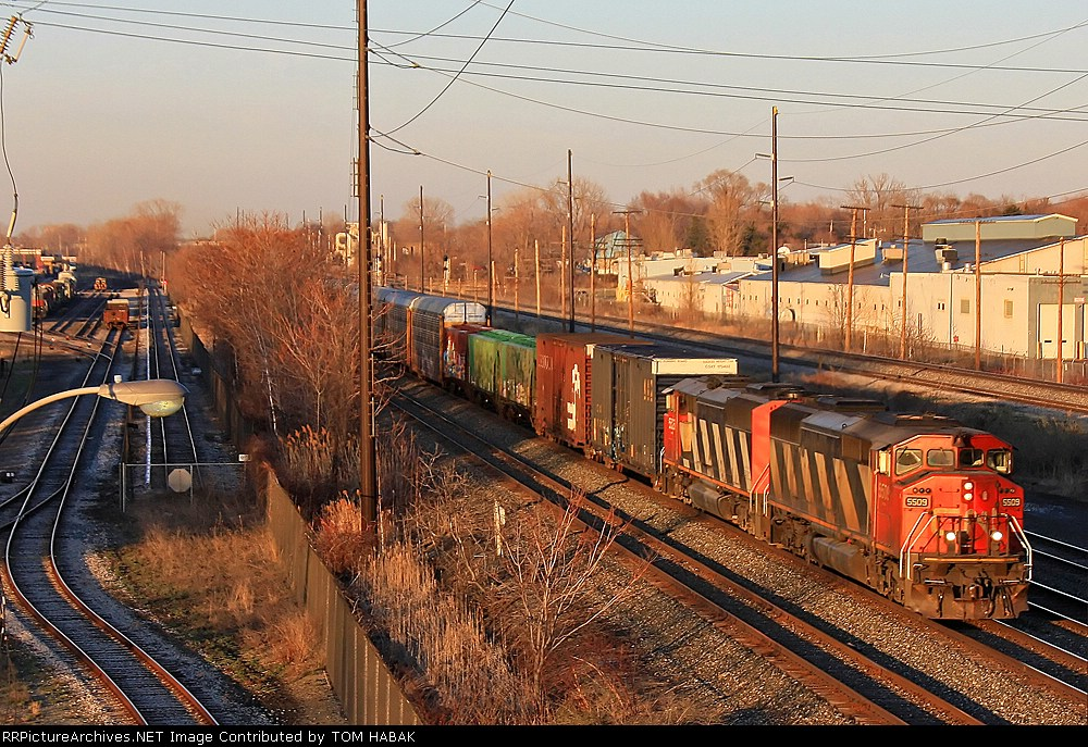 CN 5509 on CSX Q291-17