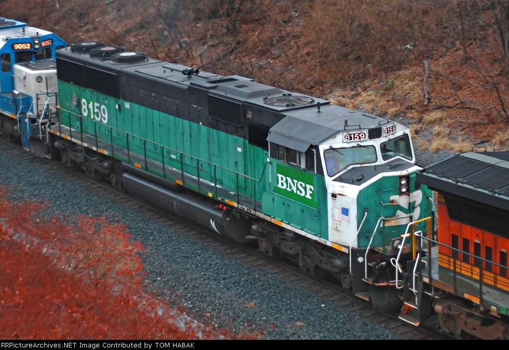 BNSF 8159 on CSX Q380-06
