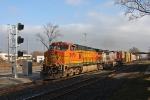 BNSF 5470 on CSX Q393-21