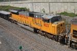 UP 8123 on CSX K250-09