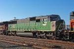 BNSF 8182 on CSX Q381-02