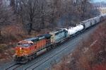 BNSF 5470 on CSX Q381-06