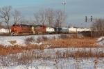BNSF 607 on CSX Q381-15