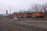 BNSF 7685 on NS 10R