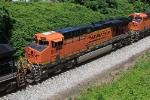 BNSF 5867 on NS 554