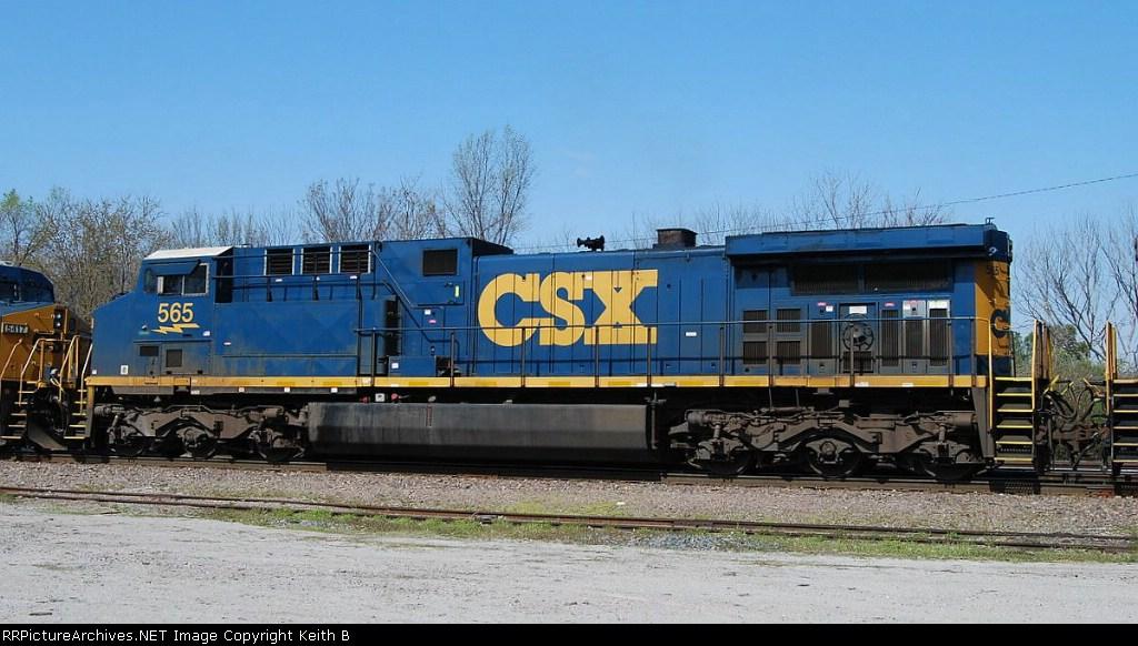 CSX 565