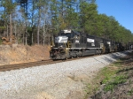 WB freight #173 works hard through the eastern Alabama hills