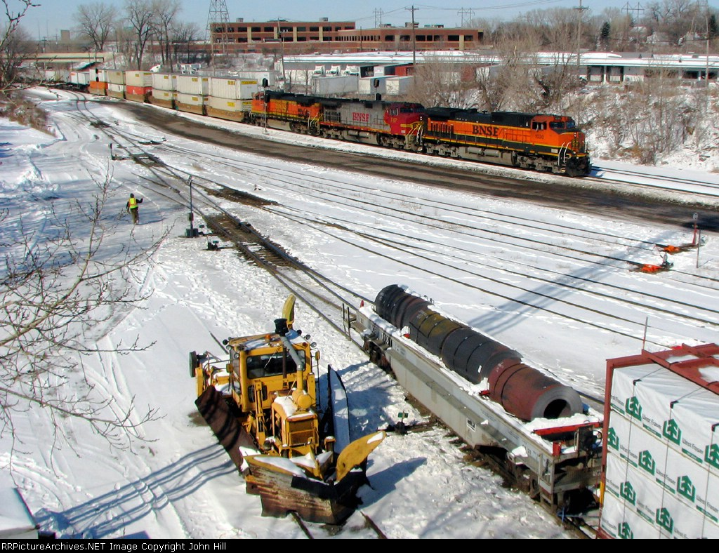 090301001 Eastbound BNSF stack train passes St. Anthony Jct. on Midway Sub.