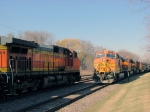 090328002 Westbound BNSF Chicago-Laurel meets eastbound manifest