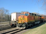 090328005 Westbound BNSF Chicago-Laurel meets eastbound manifest