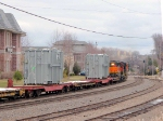 090401030 Eastbound BNSF freight with high-wides