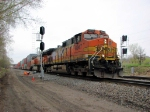 090429002 Eastbound BNSF freight passes newly-installed Coon Creek crossover