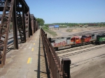 "090519010 Deadline of stored BNSF locos grows in the Northtown ""T"" Yard"