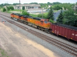 090709011 Northbound BNSF all-rail taconite empties diverge onto Hinckley Sub. at Coon Creek