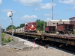 090726010 Westbound CP freight on mainline meets eastbound stack train in siding