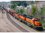 090803003 Eastbound BNSF freight with rare all orange SD40-2 lashup passes St. Anthony Jct.