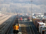091121019 Eastbound BNSF all-rail taconite ore train passes Daytons Bluff Yard