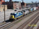 CSX 5940 leads train 734 southbound