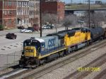 CSX 5567 leads southbound