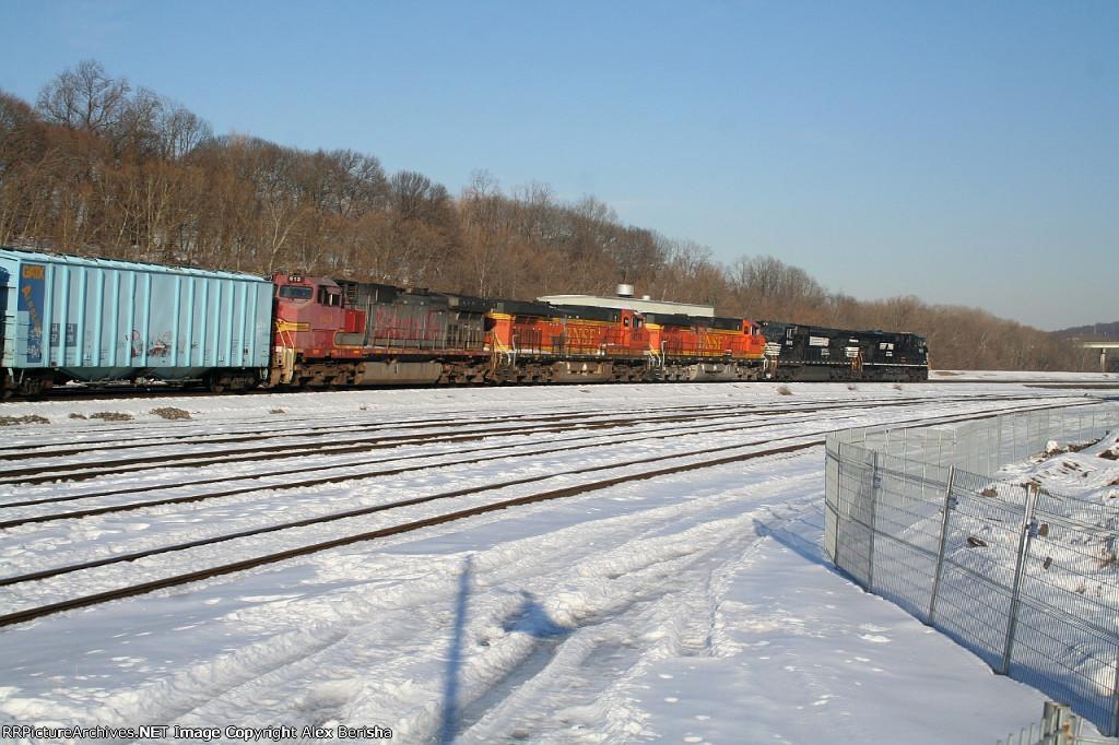BNSF 613 66Q
